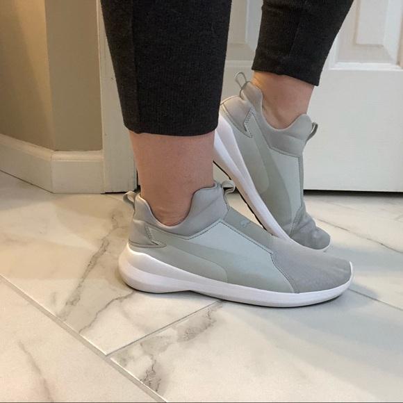 Puma Shoes   Size 95 Rebel Mid White